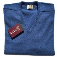 William Lockie - Leven 2 Ply Lambswool V Neck - Clyde