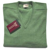 William Lockie - Leven 2 Ply Lambswool V Neck - Kiwi