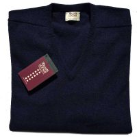 William Lockie - Leven 2 Ply Lambswool V Neck - Navy