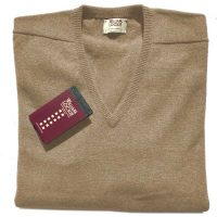 William Lockie - Leven 2 Ply Lambswool V Neck - Camel