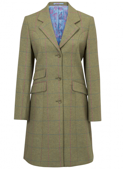 Alan Paine Combrook Mid Length Coat will turn heads with its immaculate cut, minute detailing and is a classic women's tweed mid length coat