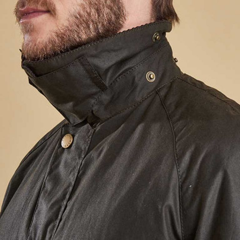 barbour-ashby-wax-jacket-olive-collar-detail