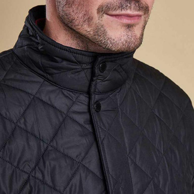 barbour-chelsea-sports-quilt-jacket-black-collar-detail