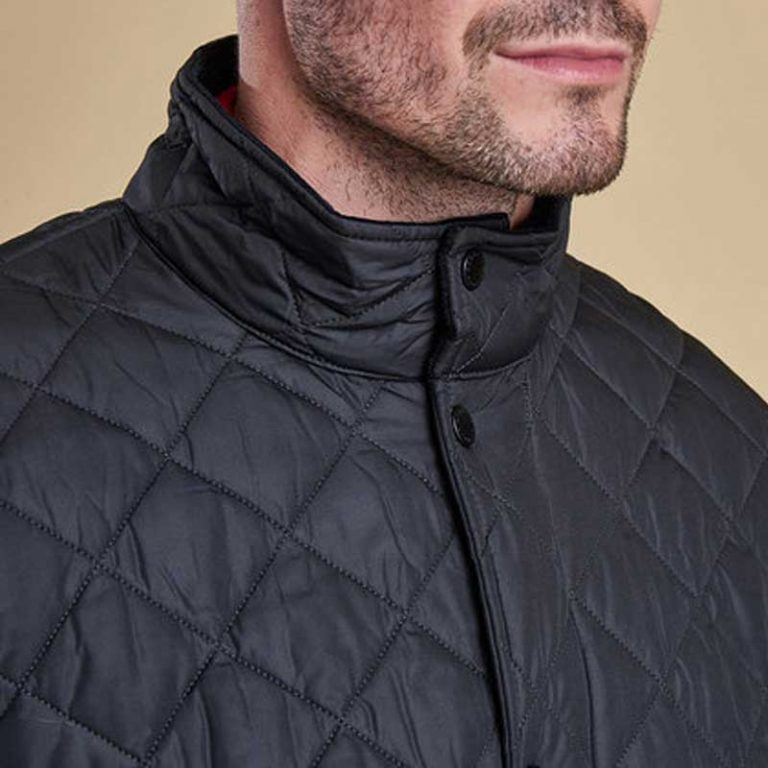 barbour-chelsea-sports-quilt-jacket-navy-collar