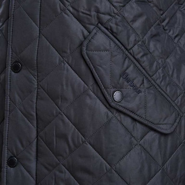 barbour-chelsea-sports-quilt-jacket-navy-pocket