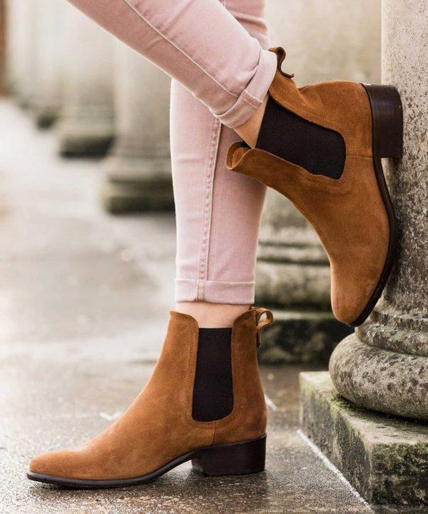 Fairfax & Favor Chelsea Suede Boots - Tan
