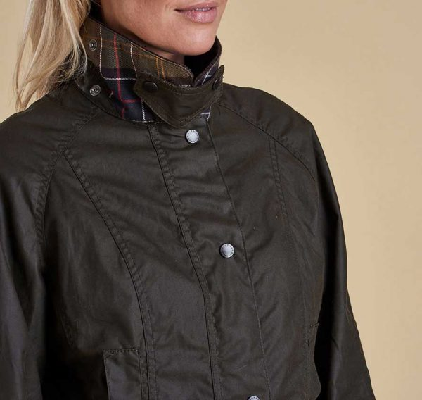 Barbour - Ladies Classic BeBarbour - Ladies Classic Beadnell Wax Jacketadnell Wax Jacket