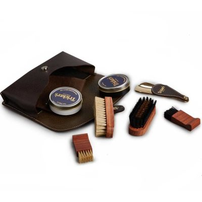 Tricker's Compact Travel Case