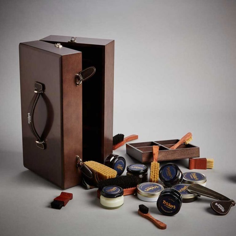 Tricker's Polished Wooden Valet Box