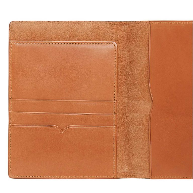 RM Williams Leather Passport Cover - Tan