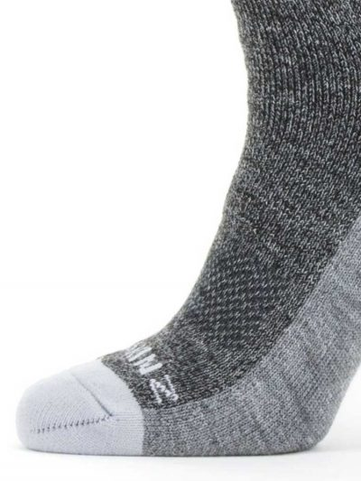 SEALSKINZ Socks - Solo QuickDry Knee Length - Grey