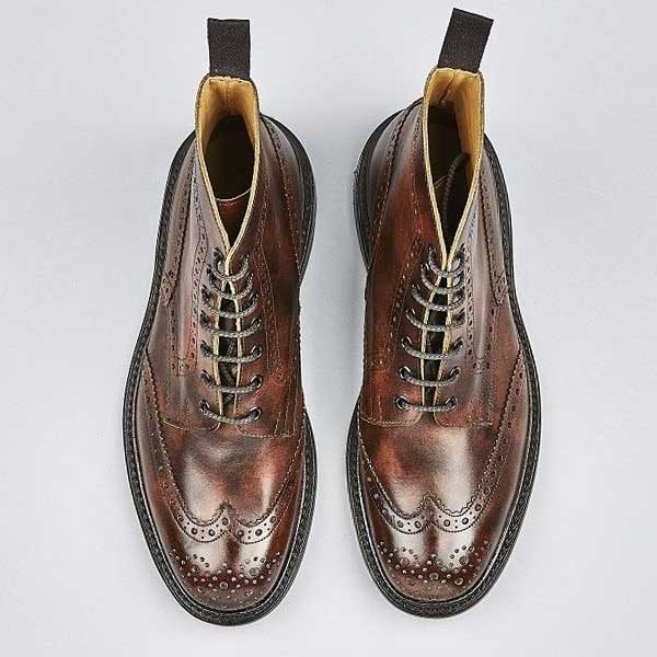 TRICKER'S Boots - Mens Stow Country Brogue Museum Leather - Dark Brown
