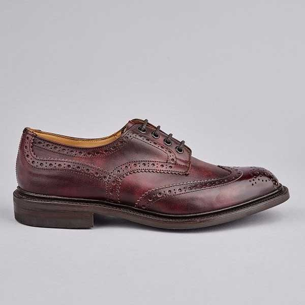 TRICKER'S Shoes - Mens Bourton Country Brogues Museum Leather - Burgundy